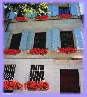 Les Saisons   Bed And Breakfast   Chambres Du0027hôtes   7 Place De Lu0027Oratoire  Villeneuve Les Avignon 30400